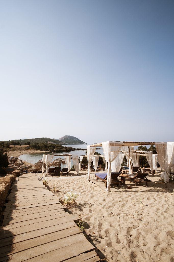 beach bar πετροχωρι